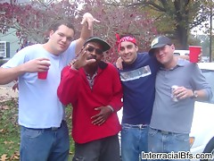 Interracial bf screws horny guy hard up in the dumper