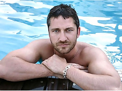 Scottish actor of the movie 300 Gerard Butler exposed