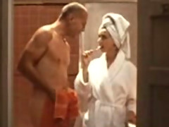 Bruce Willis shows almost everything in this awesome shower scene