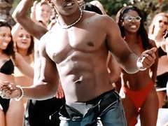 Hot sexy pictures of a shirtless Jamie Foxx and in a tank top