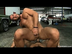 Two hot guys sucking and fuck in a public garage