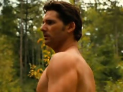 Eric Bana goes half naked and shows off his nice big sexy body
